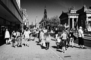 Princes Photo Framed Prints - Shoppers And Tourists On Princes Street Edinburgh Scotland Uk United Kingdom Framed Print by Joe Fox