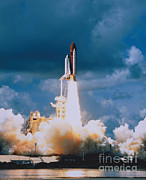 Atlantis Prints - Shuttle Lift-off Print by Science Source
