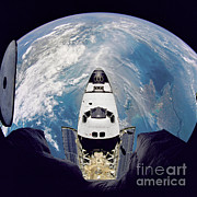 Atlantis Prints - Space Shuttle Atlantis Print by Nasa