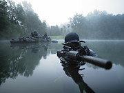 Assault Rifles Photo Framed Prints - Special Operations Forces Combat Diver Framed Print by Tom Weber