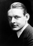 Stearns Framed Prints - T.s. Eliot (1888-1965) Framed Print by Granger