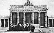 West Berlin Framed Prints - John F. Kennedy (1917-1963) Framed Print by Granger