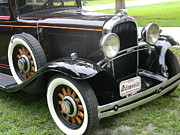 Spokes Originals - 31 OLDS Sedan 2 Door Deluxe Sedan by Warren Thompson