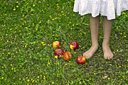 Child Photos - Apples by Joana Kruse