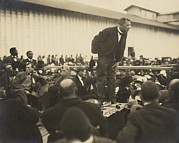 African-american Institute Photos - Booker T. Washington 1856-1915 by Everett