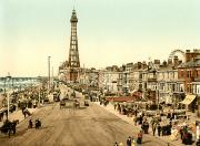 Crowd Scene Art - ENGLAND: BLACKPOOL, c1900 by Granger
