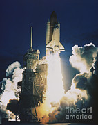 Endeavor Posters - Shuttle Lift-off Poster by Science Source
