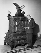 Portrait Sculpture Photograph Prints - William Somerset Maugham Print by Granger