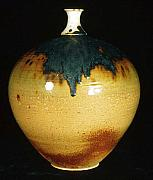 Featured Ceramics - Vase by Alan Millican