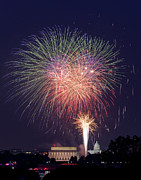 Washington Dc Photos - Fireworks over Washington DC on July 4th by Steve Heap