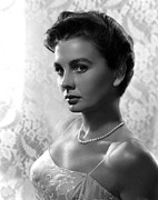 Bare Shoulder Metal Prints - Jean Simmons, Portrait Metal Print by Everett