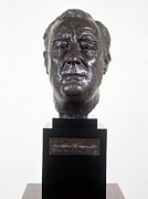 Statue Portrait Art - Franklin D. Roosevelt by Granger