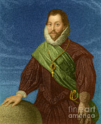 Francis Photo Framed Prints - Sir Francis Drake, English Explorer Framed Print by Photo Researchers