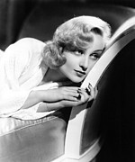 Actress Photos - Carole Lombard, Portrait by Everett