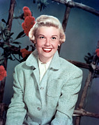 1950s Portraits Prints - Doris Day, Warner Brothers, 1950s Print by Everett