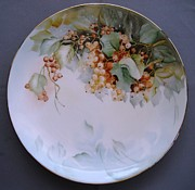 Orange Ceramics Originals - 862  Plate with Currants  by Wilma Manhardt