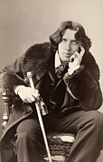 Wilde Framed Prints - Oscar Wilde (1854-1900) Framed Print by Granger