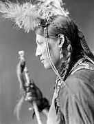 Oglala Prints - SIOUX NATIVE AMERICAN, c1900 Print by Granger