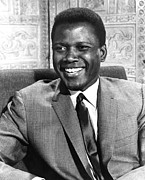 Publicity Shot Photos - A Patch Of Blue, Sidney Poitier, 1965 by Everett