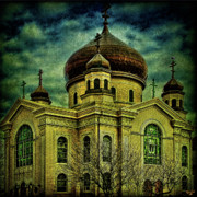 Russian Orthodox Framed Prints - A Russian In Brooklyn Framed Print by Chris Lord