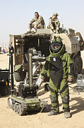 Body Armor Art - A U.s. Marine Dressed In A Bomb Suit by Terry Moore