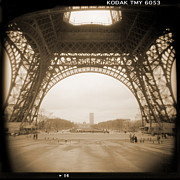 Vintage Eiffel Tower Metal Prints - A Walk Through Paris 14 Metal Print by Mike McGlothlen