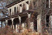 Weed Metal Prints - Abandoned Dilapidated Homestead Metal Print by John Stephens