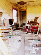 Stephanie Olsavsky - Abandoned Family Room