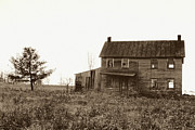 Haunted House Photo Posters - Abandoned Farmhouse Poster by Susan Isakson