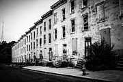 Dilapidated Houses Prints - Abandoned Glencoe-Auburn Buildings Cincinnati Ohio Print by Paul Velgos