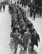 18-19 Years Prints - Airforce Cadets Walking In Rows (b&w) Print by Hulton Archive