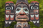 Carving Prints - Alaskan totem pole. Print by John Greim