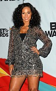 Long Sleeved Dress Photo Posters - Alicia Keys In The Press Room For 2009 Poster by Everett