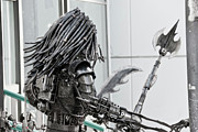 Steel Sculptures - Alien Predator by Yurix Sardinelly