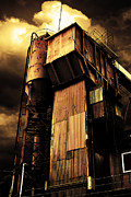 Wingsdomain Art and Photography - Alive and Well in America . The Old Concrete Plant in Berkeley California . Golden . 7D13967