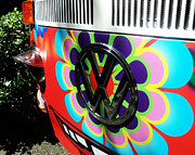 Volkswagen Photos - All Smiles Wagen by Katica Vrhovac