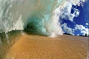 Robert Anderson Art - Amazing wave crashing by Robert Anderson