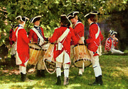 Red Coats Framed Prints - Americana - People - Preparing for battle Framed Print by Mike Savad