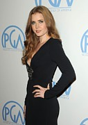 Beverly Hilton Hotel Framed Prints - Amy Adams Wearing An Andrew Gn Dress Framed Print by Everett