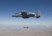 A-bomb Photos - An A-10c Thunderbolt Releases A Gbu-12 by HIGH-G Productions