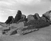Pueblo People Posters - Anasazi Ruins In Chaco Canyon Poster by Arni Katz