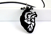 Perspex Necklace Art - Anatomical Heart Unisex Pendant Necklace by Rony Bank