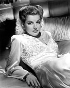 Satin Dress Photo Framed Prints - Ann Sheridan, 1943 Framed Print by Everett