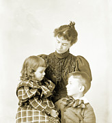 Puffed Sleeves Photos - Anna and Ray with Sitter by Jan Faul