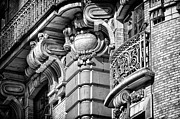 Val Black Russian Tourchin - Ansonia Building Detail 37