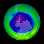 Monitoring Posters - Antarctic Ozone Hole, 2005 Poster by Nasa