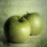 Green Fruit Prints - Apple Painting Print by Priska Wettstein