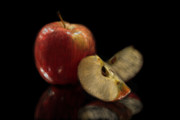 Jeannie Burleson Art - Apple Still Life by Jeannie Burleson