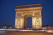 Illuminated Tapestries Textiles Metal Prints - Arc De Triomphe, Paris, France Metal Print by David Min