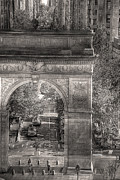 New York City Photo Originals - Arch of Triumph by William Fields